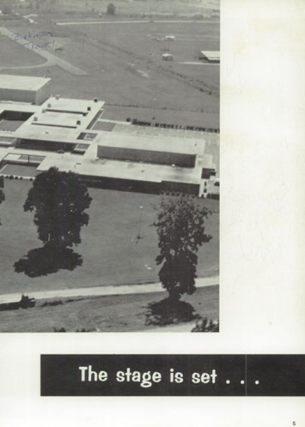 1969 Natchez High School Yearbook Page 9