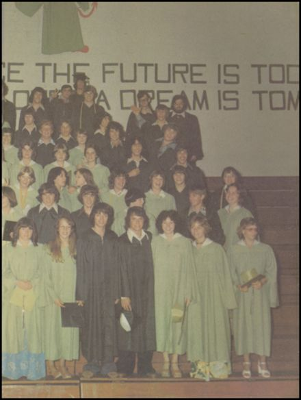 1977 Coquille High School Yearbook Page 3