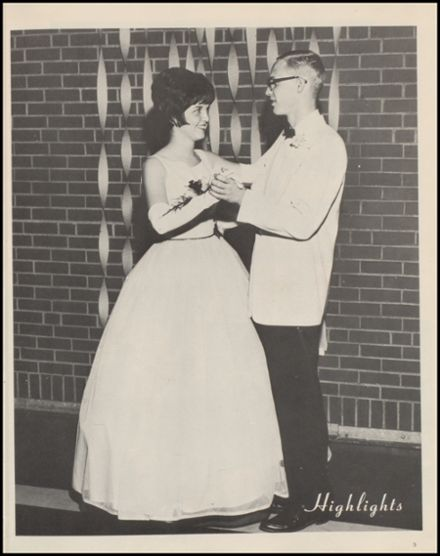 1965 Knoxville High School Yearbook Page 7